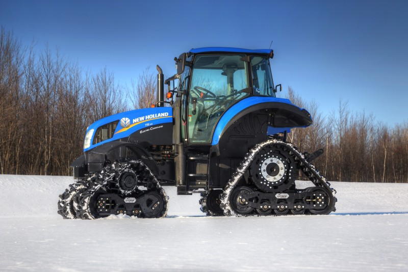 New Holland T5 >> Mountain Grooming Equipment » 2014 New Holland T5 with Soucy ST-500 Track system